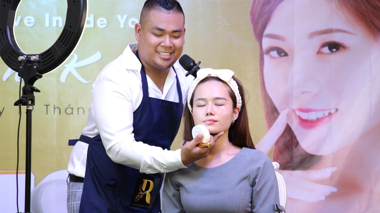 Chuyên gia trang điểm quốc tế RICH NGUYỄN chia sẻ về Mỹ phẩm Hàn Quốc LIU và hướng dẫn makeup